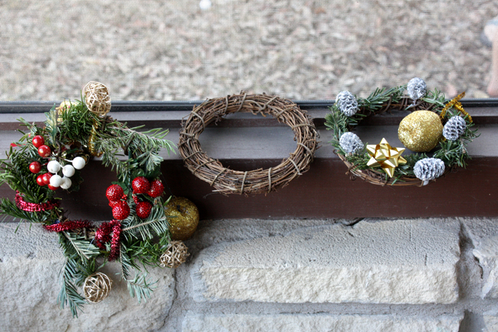 1 wreaths